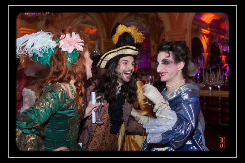 Bal des Favorites le 23 novembre 2013, les PHOTOS 15352319