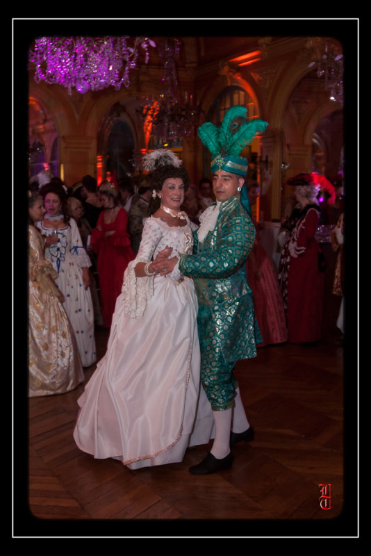 Bal des Favorites le 23 novembre 2013, les PHOTOS 15352325