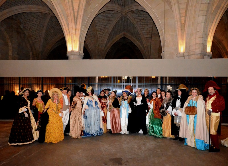 Bal des Favorites le 23 novembre 2013, les PHOTOS Dsc_3610
