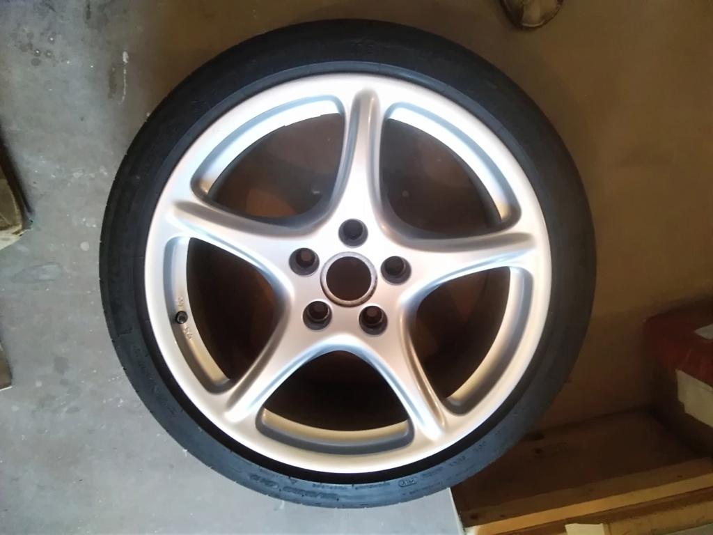 [vends] 4 pneus 19 pouces Michelin été  Img_2011