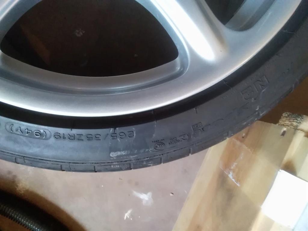 [vends] 4 pneus 19 pouces Michelin été  Img_2012