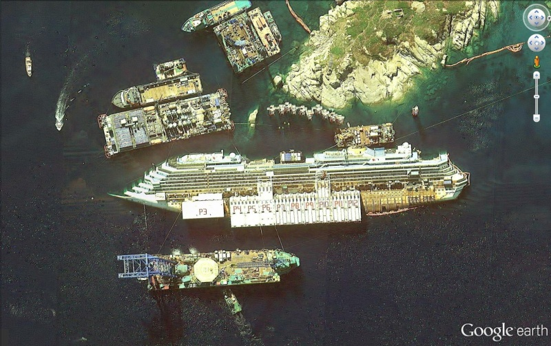 L'épave du Costa-Concordia. Un paquebot géant s'échoue en Italie - Page 4 Conc110