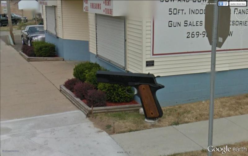 Street View : Les boites aux lettres insolites - Page 2 Pisto10