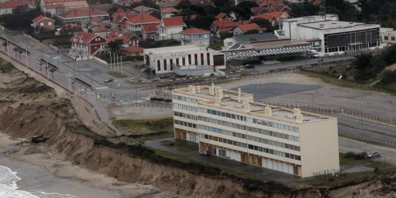 ( Bientôt visible sur Google earth ) La dune Soulac Gironde France Signal11