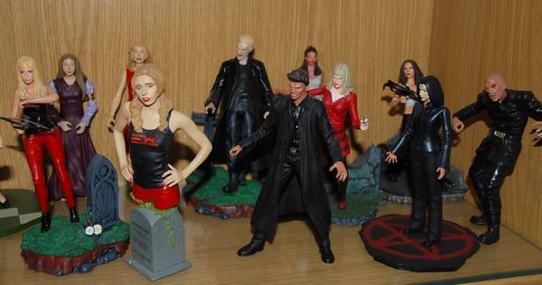 Custom de l'univers de Buffy contre les vampires 02b10