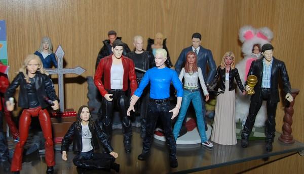 Custom de l'univers de Buffy contre les vampires 10b10