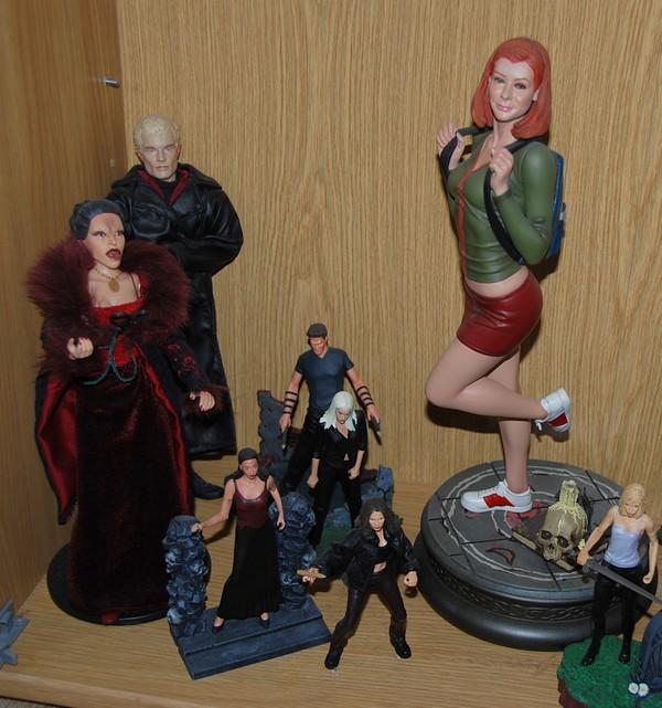 Custom de l'univers de Buffy contre les vampires 11b10