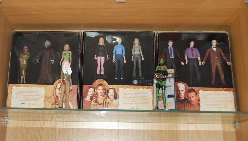 Custom de l'univers de Buffy contre les vampires Figuri10