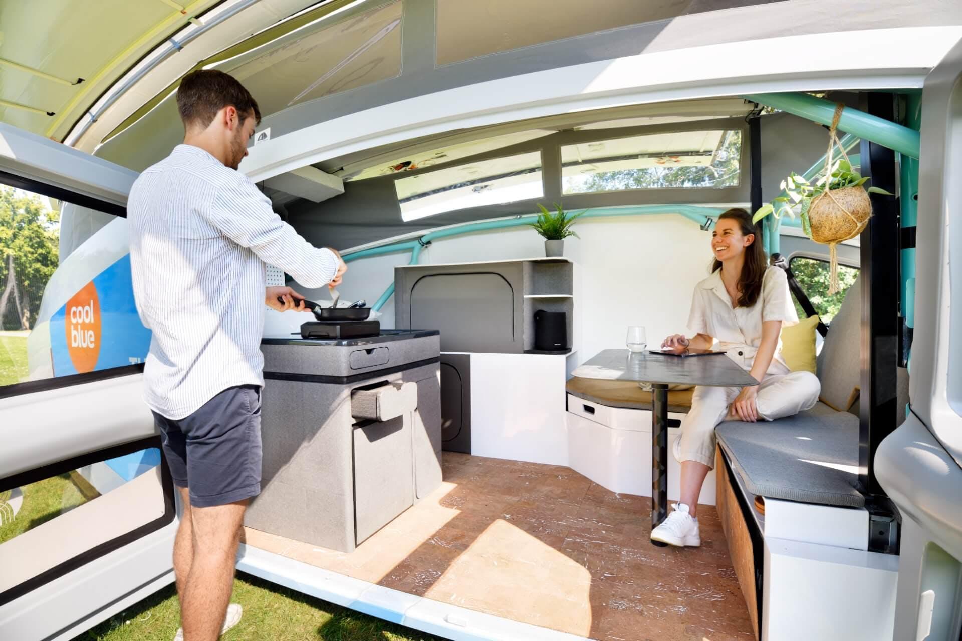 Stella Vita: le camping-car solaire 00778510
