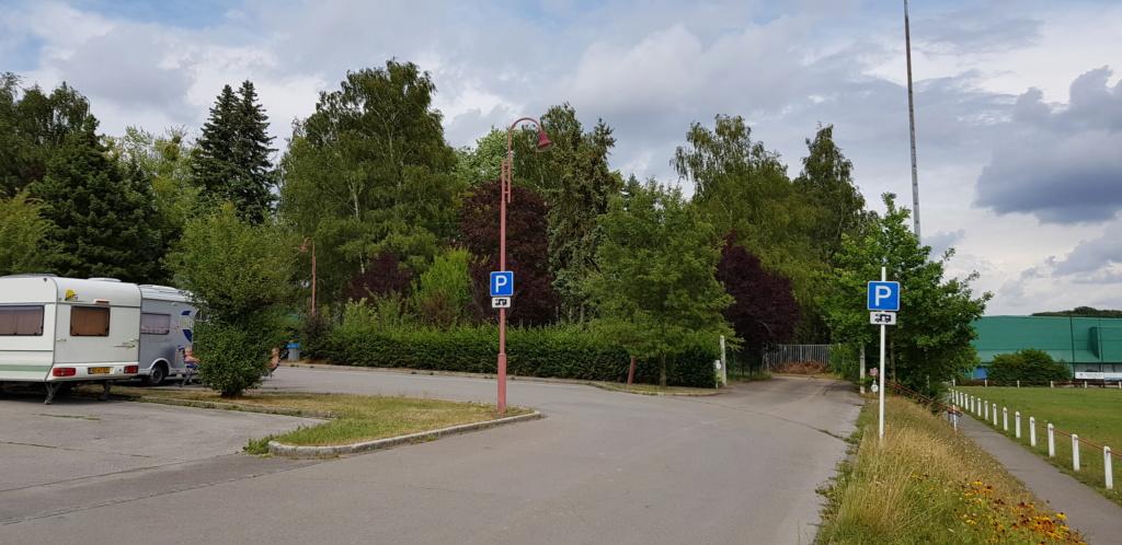 Redange - Aire de stationnement et services 20190820