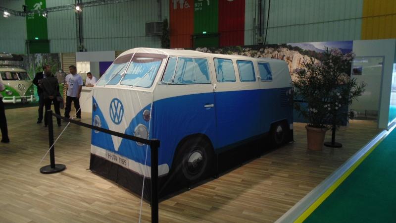 Vu au Bourget: un camping-car à 300€ Dsc02222