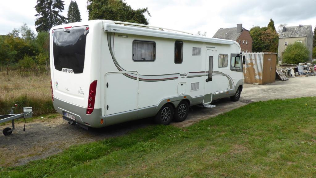 Où est stationné votre camping car quand il n'est pas utilisé ?? P1030326