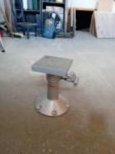 Pied de table télescopique (VENDU) Phil0210