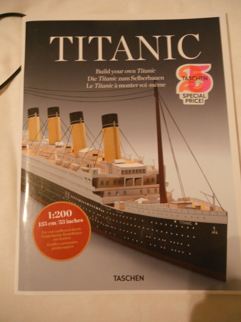 Titanic 1/200 en carton , Taschen Dscf6062