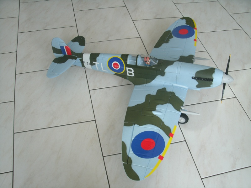 Le Spitfire de Totoffr 28 Gedc1312