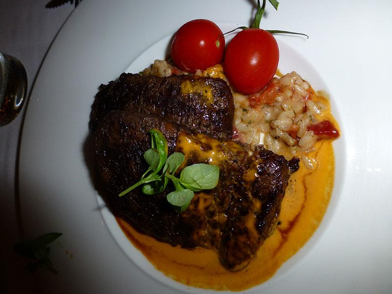Photos des plats des restaurants de WDW,DCR - Page 31 Califo10