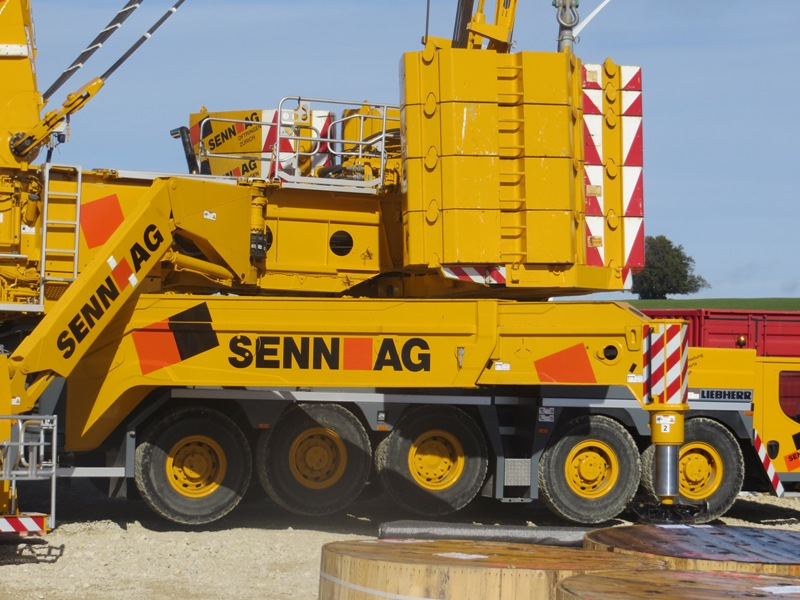 Les grues de SENN AG (Suisse) Img_0626
