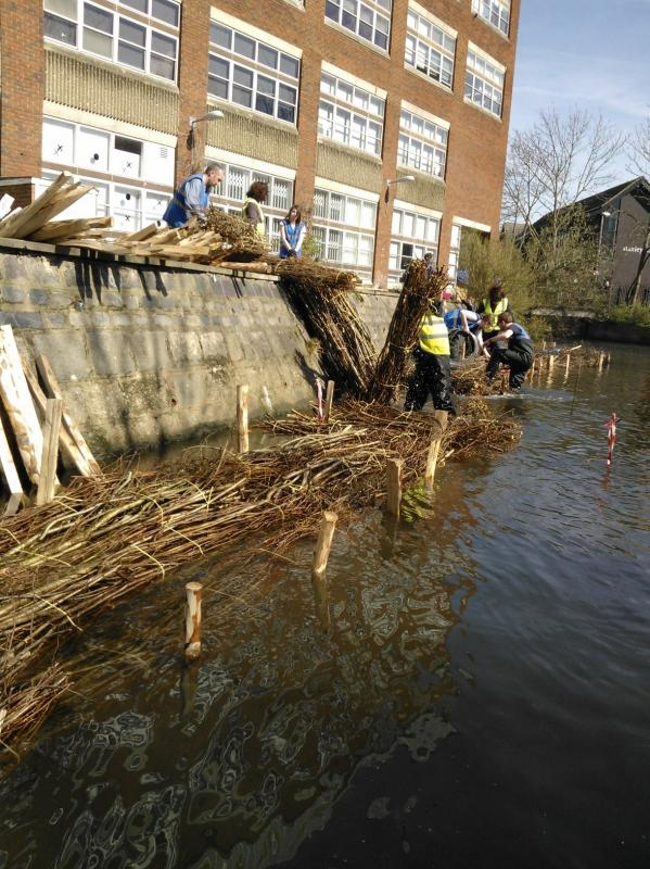 Hogsmill River Habitat Works/Wandle Trust- Volunteers Wp_00019