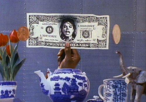 Michael Jackson est la personalité décédée qui rapporte le plus Dollar10
