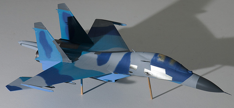 Four 1/72nd scale Flankers 9821s_10