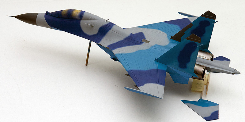 Four 1/72nd scale Flankers 9822s_10