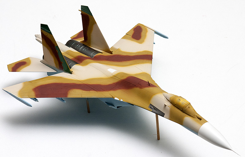 Four 1/72nd scale Flankers 9830s_10