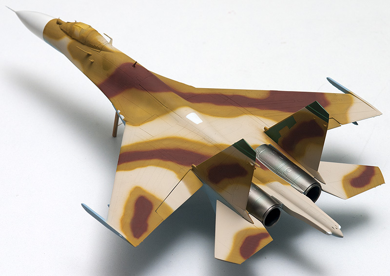 Four 1/72nd scale Flankers 9831s_10