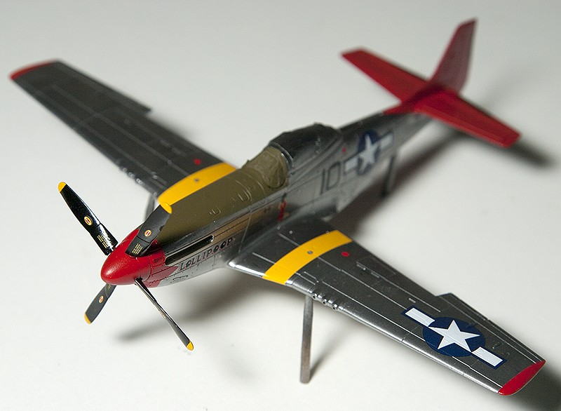 Four 1/72nd scale Flankers - Page 2 9842s_10