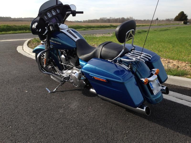 combien de STREET GLIDE  sur le forum Passion-Harley - Page 4 Img_0314