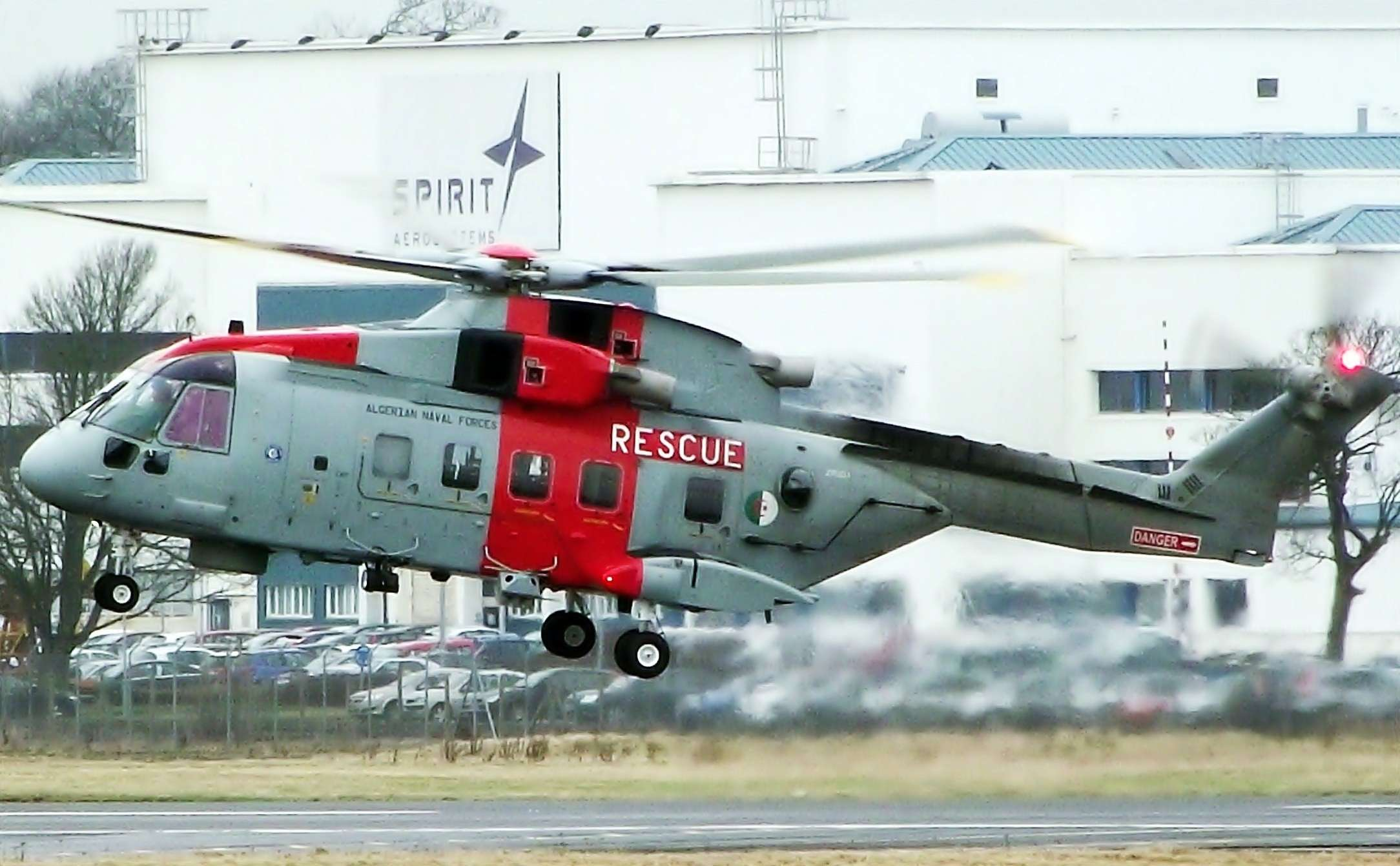 Merlin AW-101 [SAR] - Page 2 74104610