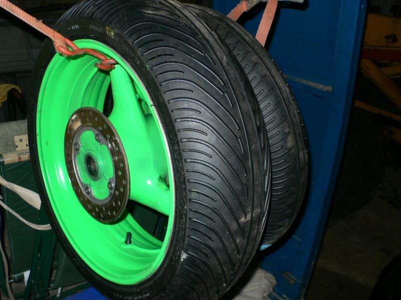 jantes av/ar avec pneus pluie  P1090014