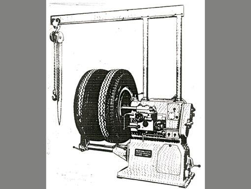 Machine a tourner & rectifier tambours et disques de freins Bertoni & Cotti, Berco MTF / 2 948_1_11