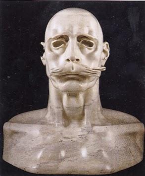 Une sculpture / un sculpteur en passant - Page 3 Fdzf10