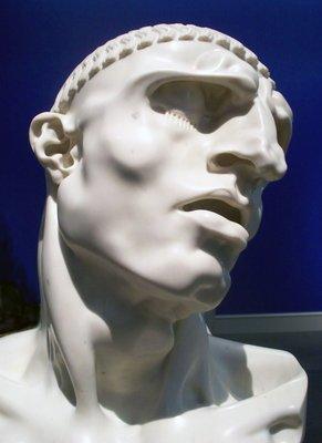 Une sculpture / un sculpteur en passant - Page 3 Homme_12