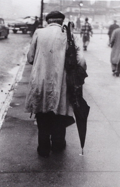 Saul Leiter [Photographe] - Page 3 Leiter11