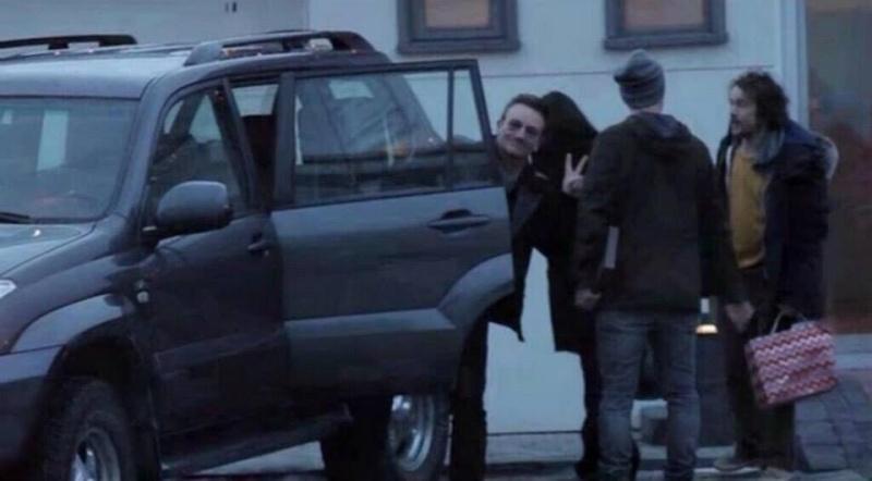Capodanno a Reykjavik per Bono e famiglia Icelan11
