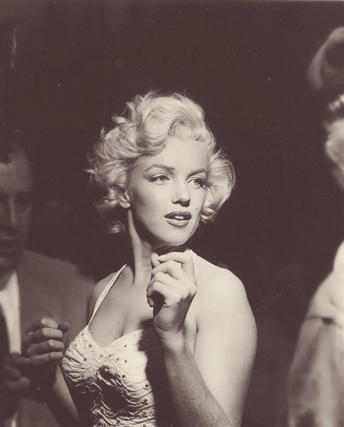 Marilyn Monroe - Page 10 9952_710