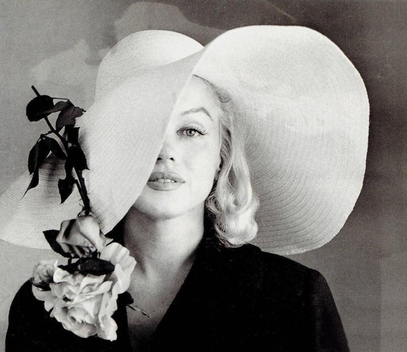 Marilyn Monroe - Page 10 Kww1dv10
