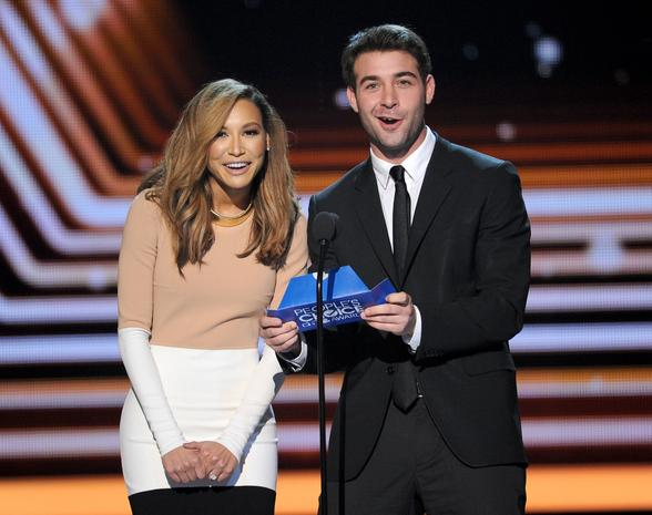 People's Choice Awards - Page 5 Presen11