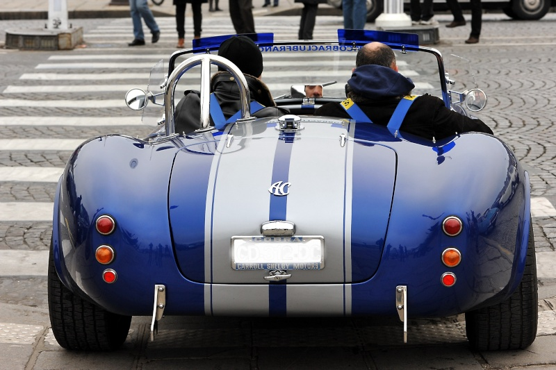 Traversée de Paris en voiture de collection et montres vintage Dsc_8420