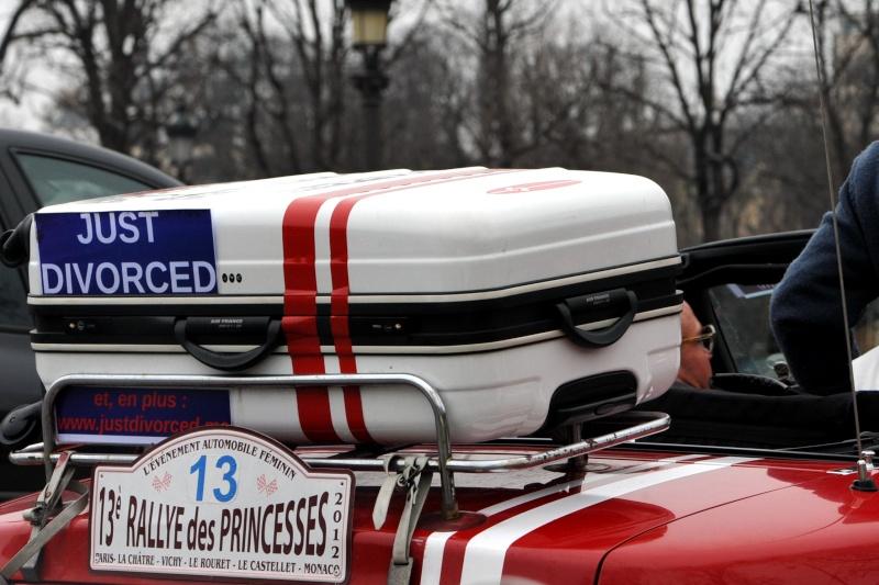 Traversée de Paris en voiture de collection et montres vintage Dsc_8424