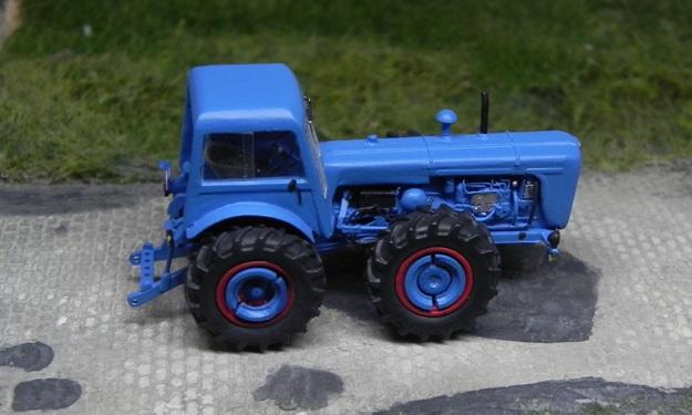 Traktor DUTRA D4K Forum111