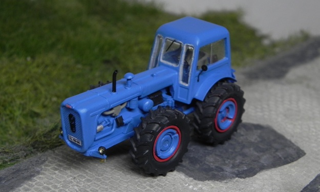 Traktor DUTRA D4K Forum211