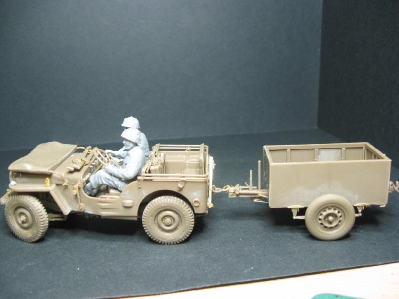 1/35 jeep british airborne Bronco models (22 mai 2014) diorama terminé Img_4014