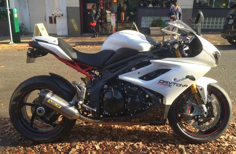 Daytona 1050 RR  Dayton10
