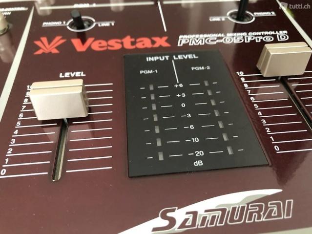 Les Similitudes entre le Gaming sur Arcade et le Scratching (Djing) Vestax10