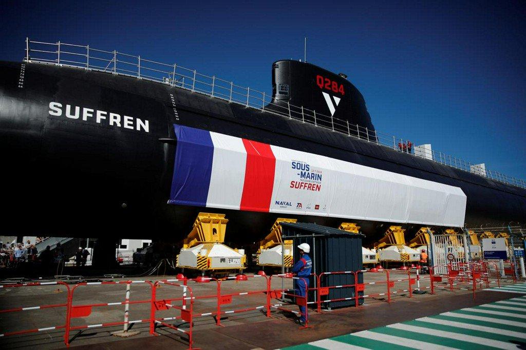 Les futurs sous marins nucléaires d'attaque classe SUFFREN - Page 6 11-76711