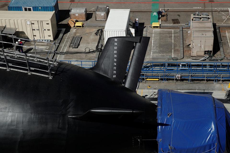 Les futurs sous marins nucléaires d'attaque classe SUFFREN - Page 6 11-76713