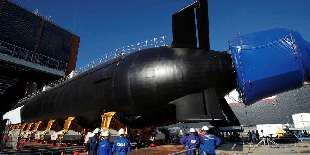 Les futurs sous marins nucléaires d'attaque classe SUFFREN - Page 6 11-76714