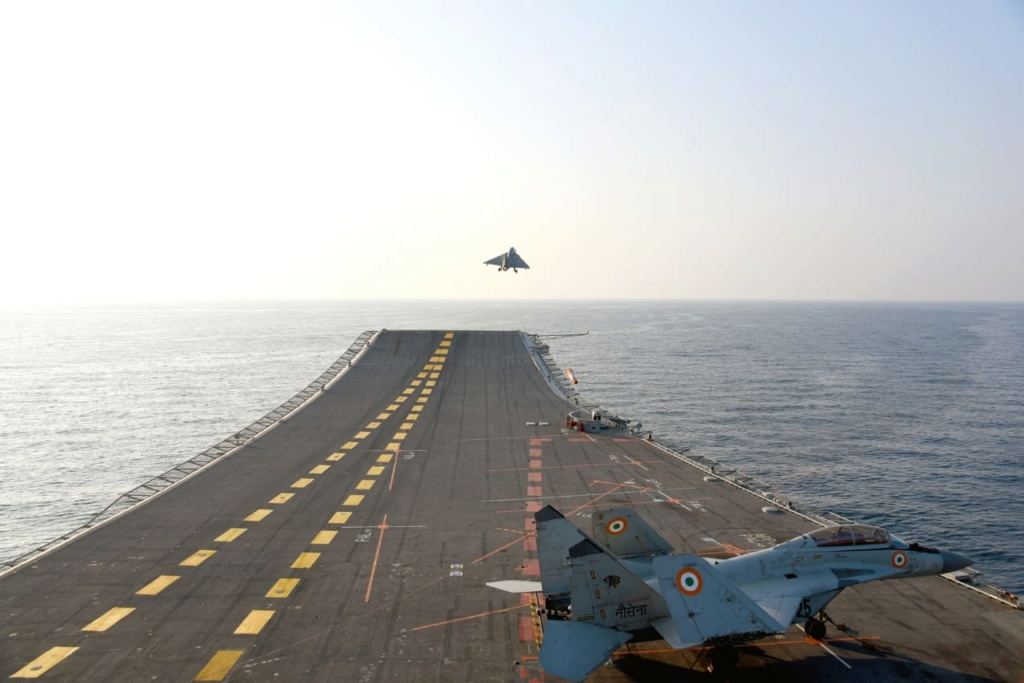 [Aviation] Indian Navy - Page 6 Eof0ml10